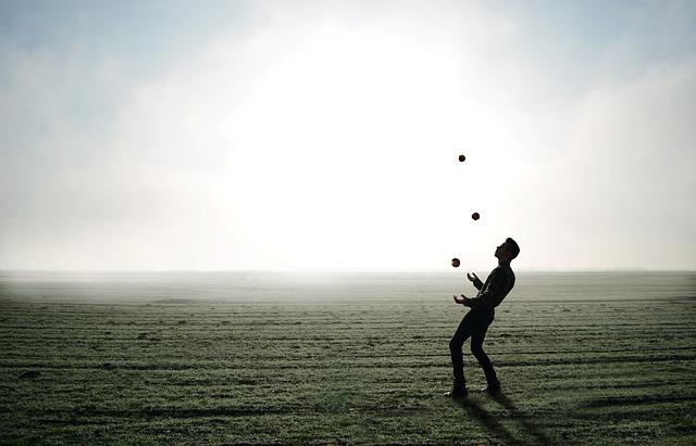 Découvrez les  équipements de jongleries les plus demandés sur le marché !