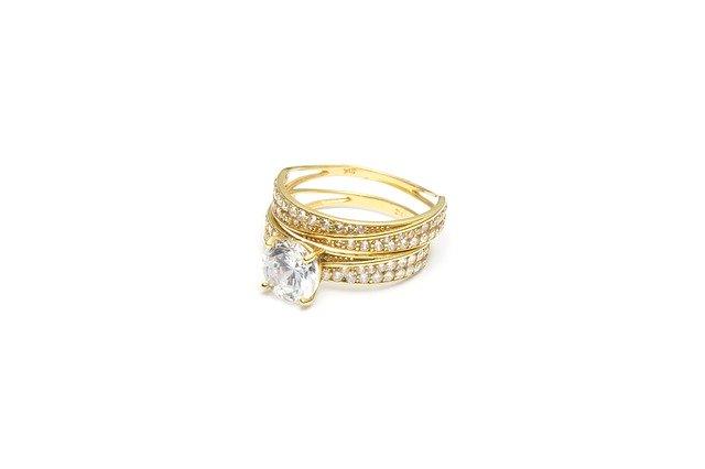 Comment choisir sa bague de mariage en diamant?